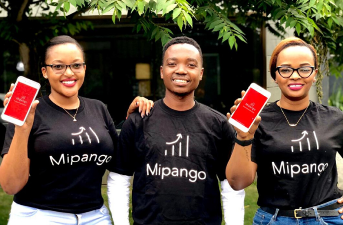 Man and two womwn showing Mipango app